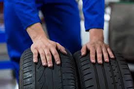 scelta tra due pneumatici estivi